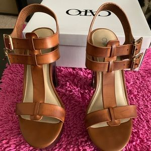 Brown/tan High Heeled Sandal